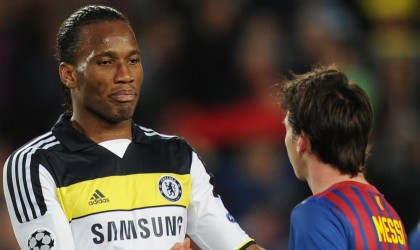 Messi arruina paseo de Drogba #VIDEO