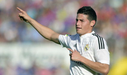 La afición del Madrid se enamora de James