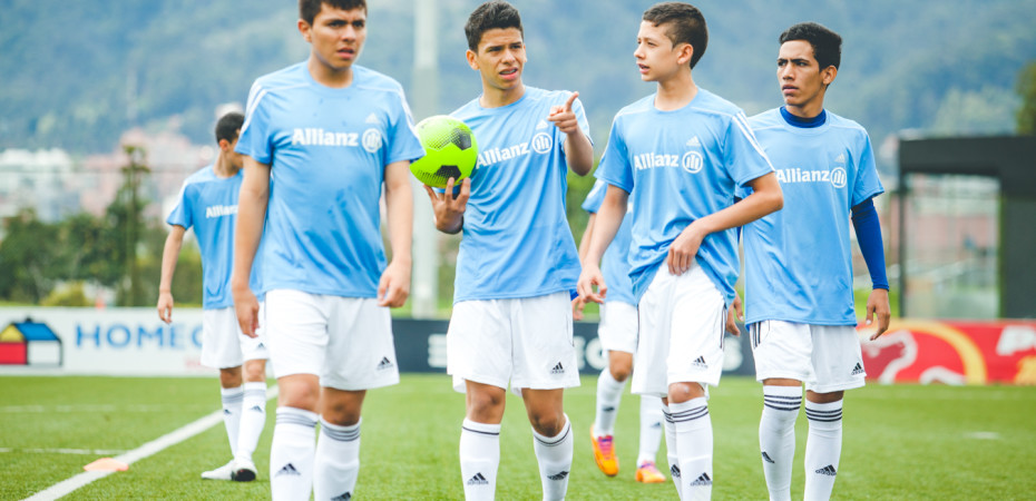 Inicia concentración para elegir ganadores del Allianz Junior Football Camp